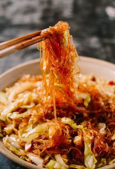 Stir Fried Cabbage with Glass Noodles, by thewoksoflife.com Vegetarian Recipes, Cooking Recipes, Healthy Recipes, Freezer Recipes, Microwave Recipes, Chinese Food Vegetarian, Vegan Vegetarian, Easy Recipes, Healthy Chinese Recipes