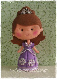 Princesa Sofia em Feltro, Boneca Feita à Mão, Boneca de Artesanato, Boneca para decoração