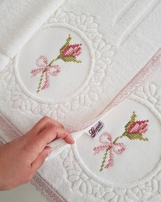 Simple Cross Stitch, Cross Stitch Borders, Cross Stitch Baby, Cross Stitch Flowers, Cross Stitching, Cross Stitch Patterns, Egyptian Cotton Duvet Cover, Palestinian Embroidery, Hand Embroidery Flowers