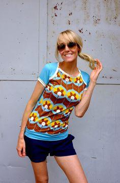 """T-Shirts mit Print - SPORTY KURZARM """"TIGERLILLY"""" IN HELLBLAU - ein Designerstück von Bonnie-and-Buttermilk bei DaWanda"""