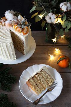 4-layers cake with orange crème brûlée and mango-passion-fruit swiss meringue buttercream