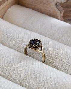 Graphite Swarovski ring, Grayish black Swarovski crystal ring, Everyday jewelry, Gothic jewelry, Brass ring, Black ring, Dark gray jewelry