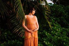 Big Island Photographer, Family Photographer Kona, Hawaii — Wilde Sparrow Photography Co Beach Maternity Pictures, Summer Maternity Photos, Maternity Photo Outfits, Pregnancy Photos, Maternity Photography Poses, Maternity Poses, Maternity Photographer, Family Photographer, How To Pose