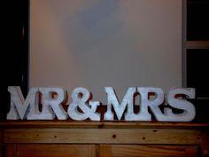 """Buchstaben & Schriftzüge - großer Schriftzug """"MR & MRS"""" Shabby Chic 15... - ein Designerstück von Designsouris bei DaWanda"""