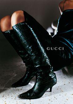 Kiara Kabukuru for Gucci, photographed by Mario Testino, Spring/Summer 1997 tag: Tom Ford