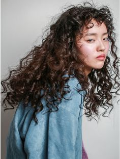 Asian Hair Perm, Curly Asian Hair, Asian Hair Bangs, Wavy Hair Perm, Curly Hair Cuts, Long Curly Hair, Curly Girl, Curly Hair Styles, Permed Hairstyles
