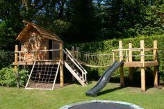 Crazy tree house by Molitli Interieurmakers, Backyard Trampoline, Backyard Playground, Backyard For Kids, Backyard Projects, Outdoor Projects, Backyard Fort, Outdoor Play Spaces, Outdoor Fun, Casa Patio