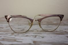Vintage Etched Pink Aluminum Cat Eye Glasses by pursuingandie Teddy Girl, Jeepers Creepers, Saddle Shoes, Odd Stuff, Cat Eye Frames, Cat Eye Glasses, Bang Bang, Vintage Accessories, Passion For Fashion