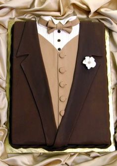 Tuxedo Groom's Cake. Brown & Tan.