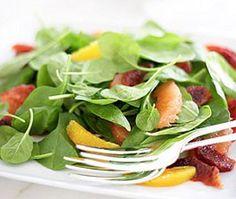 Berry and Mango Salad #HealthyRecipe #LYFEKitchen #EATGood #FEELGood #Berry #Mango #Salad