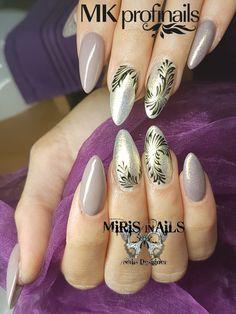 Nudenatur#nailsnude#blacknails#mkprofinails#ilovenails#almondnails