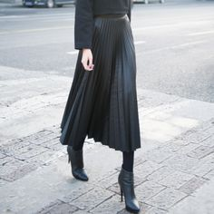 leather pleated skirt V2