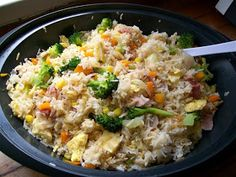 """Quirky Cooking - """"Fried"""" rice in Thermomix Rice Recipes, Cooking Recipes, Healthy Recipes, Cooking Kale, Cooking Risotto, Radish Recipes, Cooking Corn, Thermomix Fried Rice, Thermal Cooking"""