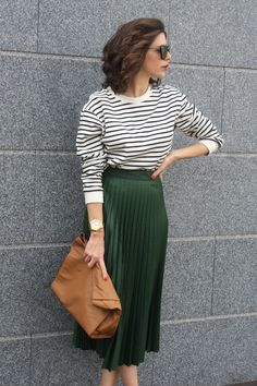 Thebjeans: MID SKIRT AND STRIPES ON