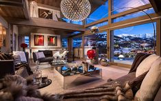 Luxurious Ski Retreat Offering Mesmerizing Views: Chalet Mont Blanc - http://freshome.com/2015/02/12/luxurious-ski-retreat-offering-mesmerizing-views-chalet-mont-blanc/