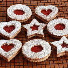 German Christmas Cookies, Holiday Cookies, Christmas Treats, Christmas Baking, German Cookies, Hungarian Cookies, Cookie Recipes, Dessert Recipes, Best Linzer Cookie Recipe