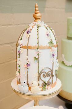 Flour Girl Wedding Cakes | Visit queenslandbrides.blogspot.com.au
