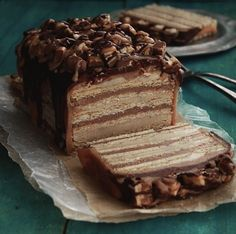 snickers ice box cake. because who wants to eat the regular size bar anymore. go big or go home.