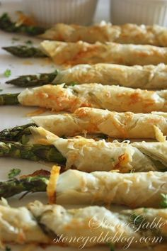 PARMESAN ASPARAGUS PHYLLO ROLL-UPS WITH LEMON DIPPING SAUCE - StoneGable