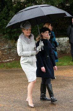 Countess of wessex and daughter lady louise arrive at church