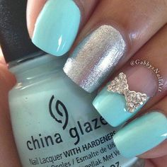 Robin egg blue and sliver bow nailart