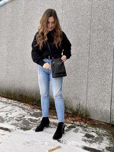 Limited edition ankelskoletter, designet i Norge med kun 60 par i hele verden. Mom Jeans, Normcore, Elegant, Pants, Design, Style, Fashion, Classy, Trouser Pants