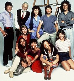 BILL HUFSEY, ALBERT HAGUE, VALERIE LANDSBURG, CARLO IMPERATO, LEE CURRERI, CAROL MAYO JENKINS, GENE ANTHONY RAY, DEBBIE ALLEN, ERICA GIMPEL, CYNTHIA GIBB Character(s): ,Shorofsky,,,Bruno,,Leroy,Lydia,, Television 'FAME' (1980) 16 May 1980 TA014 Allstar Collection/MGM **WARNING** This photograph can only be reproduced by publications in conjunction with the promotion of the above TV Programme. For Printed Editorial Use Only, NO online or internet use. 0709z@yx