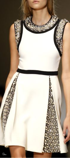 Gucci ● Fall 2014-amazing design-flattering fit-great style and look www.adealwithGodbook.com