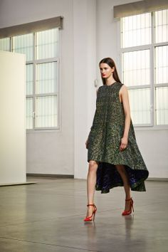 Antonio Berardi Pre-Fall 2014 I believe to be the best way to wear a high low. Stiff long shift dress.