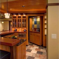 Hidden Room Design Ideas You Have To Copy – Every secret room must also have an entrance or a hidden door to go to the secret room. Usually, hidden doors lead to different secret rooms. Hidden Spaces, Hidden Rooms, Secret Space, Secret Rooms, Hidden Passageways, Hidden Pantry, Hidden Closet, Home Channel, Modern Basement