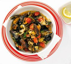 Scharfe Miesmuscheln Healthy Plate, Eat Smart, Mussels, Prawn, Fish And Seafood, Kung Pao Chicken, Ratatouille, Japchae, Fish Recipes