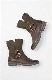 UGG® Simmens short boots