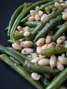 The Betty Crocker Project: Thanksgiving Day Parade #9 : White & Green Beans (a healthier deconstructed vegan green bean casserole)