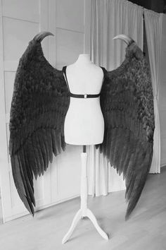 Maleficent Cosplay, Maleficent Wings, Cosplay Wings, Cosplay Diy, Cosplay Outfits, Costume Wings, Demon Costume, Wolf Costume, Mode Halloween