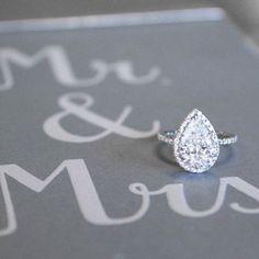 Stunning pear-shaped diamond engagement ring! #weddingideas #engagementrings #relationshipgoals #couplegoals