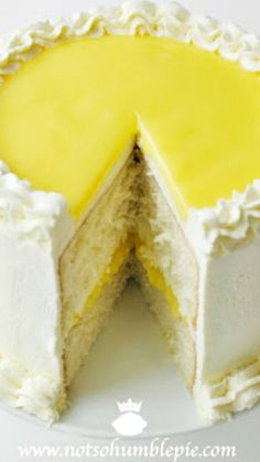 LEMON MASCARPONE CREAM CAKE ~ It's divine. Frosted with whipping cream, stabilized with mascarpone cheese and flavored with lemon curd. It's light, creamy and not too sweet. The cake is moist and dense, yet fluffy with a delicate crumb. Lemon Desserts, Just Desserts, Delicious Desserts, Yummy Food, Cake Icing, Cupcake Cakes, Sweet Recipes, Cake Recipes, Frosting Recipes