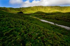 SIARAM :: Ilha do Corvo, Corvo Island, Azores, Portugal Portugal, Plate Tectonics, Out To Sea, Vineyard, Beautiful Places, Paradise, Places To Visit, Island, Water