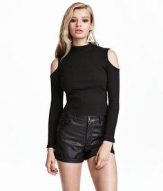 H&M erbjuder mode och kvalitet till bästa pris | H&M SE