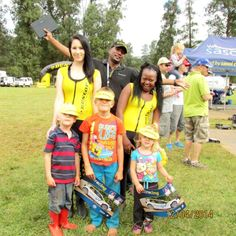 Motorsport is a fun event for the whole family - and the Dunlop promo ladies are there to hand out some great giveaways. Our peak caps are always an essential item in sunny weather.