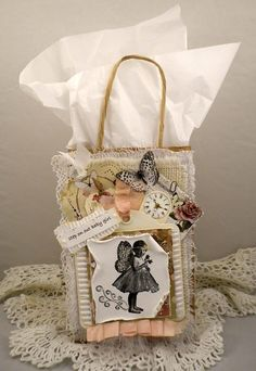 Decorated gift bag (in vintage style) - Scrapbook.com