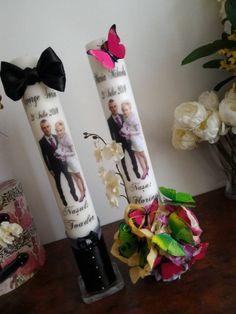 Lumanari personalizate cu aranjament din flori de matase, dimensiunea 50 x 7 cm.   Pretul este pentru o pereche  .  Folosim pentru lumanarile noastre parafina de cea mai buna calitate si parfumuri speciale care le fac sa isi pastreze aspectul si mirosul chiar si la un an de la data fabricatiei. Au durata mare Voss Bottle, Water Bottle, Wedding Art, Paraffin Wax, Decorating Candles, Water Flask, Water Bottles