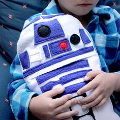 Good taste starts young!  R2-D2 helps your little ones warm up with this hot water bottle cover.
