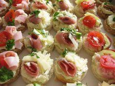 Slané chuťovky – Domácí tvoření 18th Birthday Party, Canapes, Bruschetta, Finger Foods, Sushi, Healthy Recipes, Ethnic Recipes, Savory Snacks, Diet