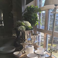 Table Settings, Home, House, Ad Home, Homes, Place Settings, Haus, Table Arrangements, Desk Layout