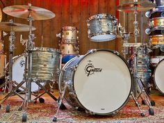 Gretsch Brooklyn Shell Pack Smoke Grey Oyster Finish - Drums - Cymbals - Percussion - The UK finest online percussion store - Drumshop UK Gretsch Drums, How To Play Drums, Drum Kits, Guitar Picks, Drummers, Music Bands, Oysters, Brooklyn, Shells