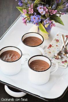 Pudding de crema de speculoos con chocolate - Cocinando con Neus .  21.06.13 © amiloquemegustaescocinar Ingredientes: 150 gr de mantequilla a temperatura ambiente150 gr de azúcar180 gr de harina 80 gr de harina de almendras o almendras en polvo1 cucharada de extracto de vainilla 3-4 semillitas de cardamomo1 huevo
