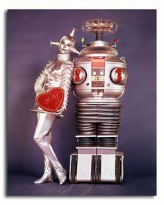 The round robot on the right is the robot who acted in the original Lost in Space tv series Valentines Robots, Vintage Valentines, Happy Valentines Day, Valentine Pics, Kitsch, Por Tras Das Cameras, Cosmos, Arte Robot, B9 Robot
