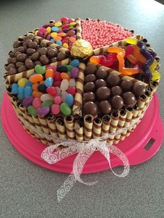 Lots of lollies! Cake Creations, Birthday Cakes, Sweets, Desserts, Food, Sweet Pastries, Tailgate Desserts, Meal, Anniversary Cakes
