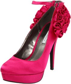Found on Weddingbee.com fuschia pink shoes