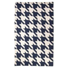 Gorgeous houndstooth rug
